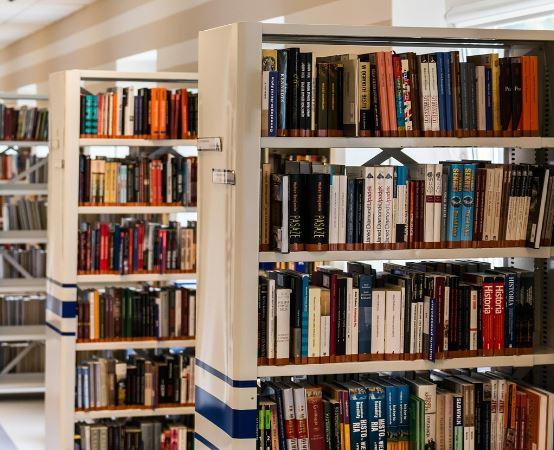 Biblioteka Koszalin: Nastolatki w Bibliotece - Joanna Jagiełło